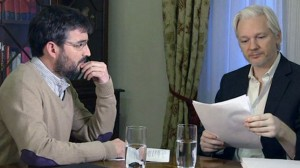 otan Evole-Assange-Embajada-Ecuador-Londres_EDIIMA20130519_0296_13