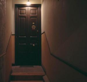 Puerta piso Antonio Grilo