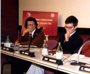 En el Curso de Verano sobre OVNIs de la Universidad Complutense, en 1992 (1)