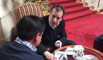 l Mikel-Lejarza-espaldas-Fernando-Rueda_EDIIMA20160430_0197_18